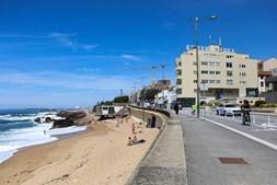 Pessoas na praia. Foz do Douro