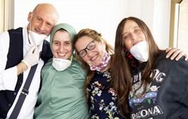 Silvia Romano com a família