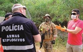 Polícia fiscaliza regresso dos desportos de combate com réplicas de armas de fogo