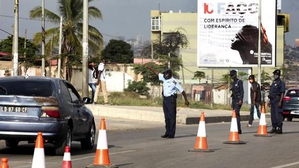 Quatro mortos e 30 feridos em acidentes de viação em Luanda no fim-de-semana
