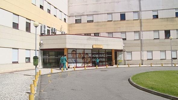 Cadela ataca menino dentro de escola em Castelo de Paiva