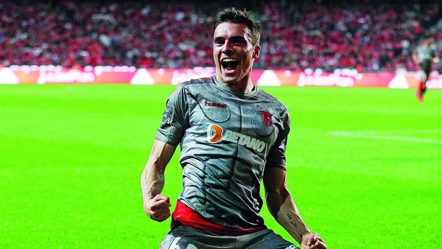 João Palhinha tem 24 anos e está cedido pelo Sporting ao Sp. Braga desde 2018.