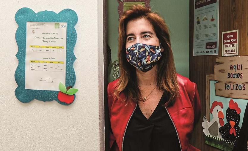 Ana Mendes Godinho utilizou algoritmos para substituir a falta de funcionários na apreciação das candidaturas ao layoff