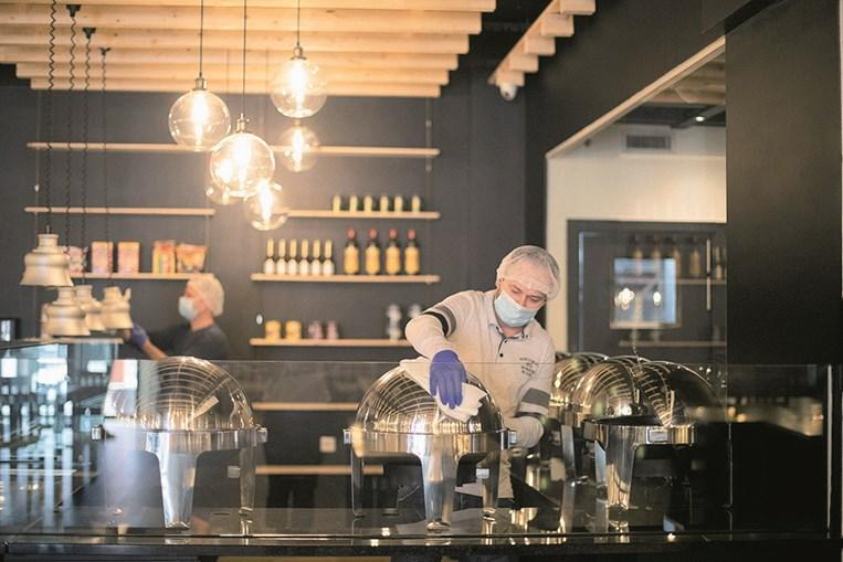 Restaurantes preparam-se para reabrir pós-confinamento