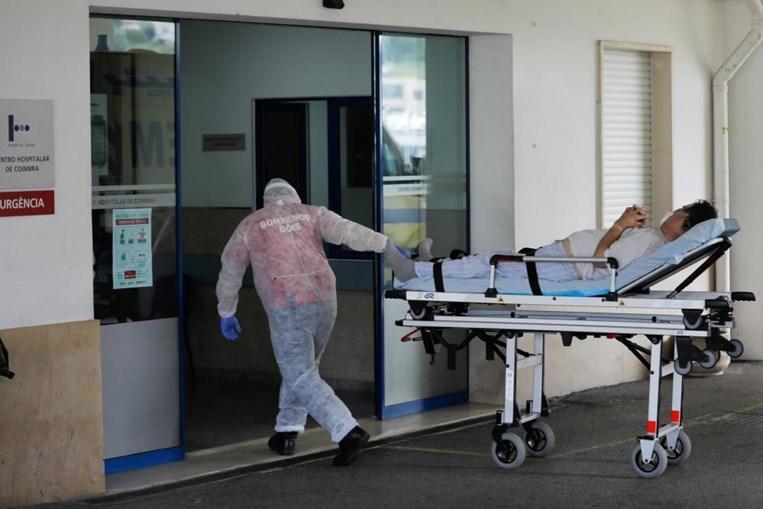 Infetados com coronavírus internados na urgência do Hospital dos Covões