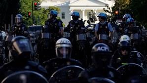 Protestos pela morte de George Floyd cercam Casa Branca nos EUA