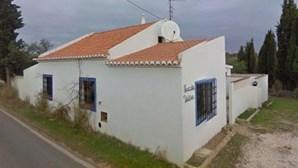 """""""Sabia que era uma pessoa alemã"""": Novo proprietário da casa do suspeito de raptar Maddie no Algarve comprou imóvel em 2011"""