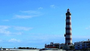 Homem detido por importunar sexualmente duas crianças na praia da Barra em Ílhavo