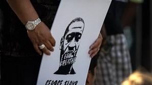 Joe Biden, Hillary Clinton e Boris Johnson entre as personalidades que reagiram à condenação de Chauvin