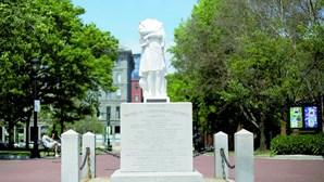 Estátuas de Cristóvão Colombo alvo de vandalismo