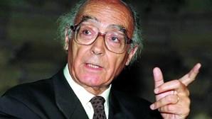 Dez anos da morte de Saramago assinalados com leitura de romance