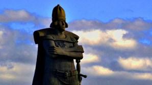 Retirada de estátua do navegador português Corte-Real está a ser estudada no Canadá