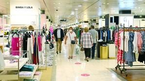 Reabertura dos centros comerciais em Lisboa sem corrida às compras