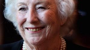Morreu a cantora e atriz britânica Vera Lynn aos 103 anos