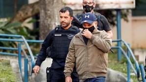 Justiça brasileira determina regresso à prisão de ex-assessor de filho de Bolsonaro