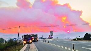 Incêndio em Aljezur obriga 40 pessoas a sair das habitações