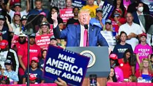 Comício de Trump com uma fraca participação
