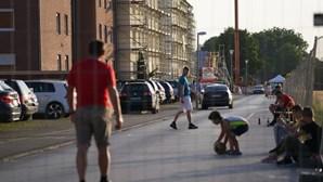 Português infetado com coronavírus em matadouro na Alemanha admite falhas graves na segurança sanitária