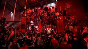 Polícia critica adeptos do Liverpool pelos festejos nas ruas