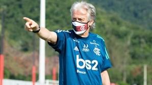 Jorge Jesus no Benfica por sete milhões ao ano