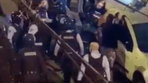 Rusgas anti-Covid-19 ferem três polícias em Loures e Amadora