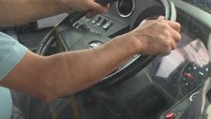 Motoristas de transporte de passageiros exigem aumento salarial de 90 euros