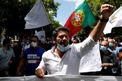 'Portugal não é racista' vs 'Não acreditem em tudo o que ouvem': Manifestação em Lisboa divide opiniões