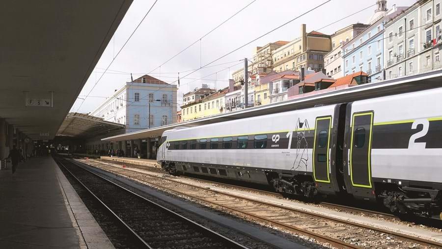 comboio CP ferrovia