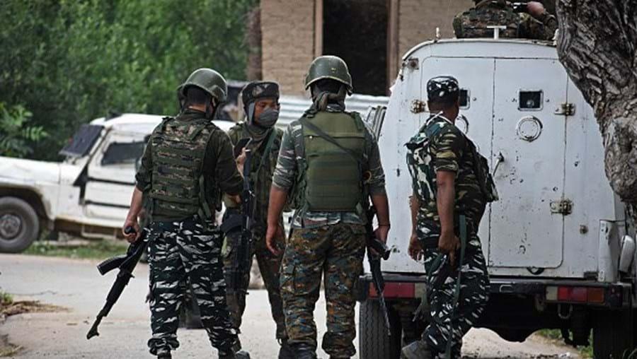 Três soldados indianos mortos em confrontos na fronteira com a China