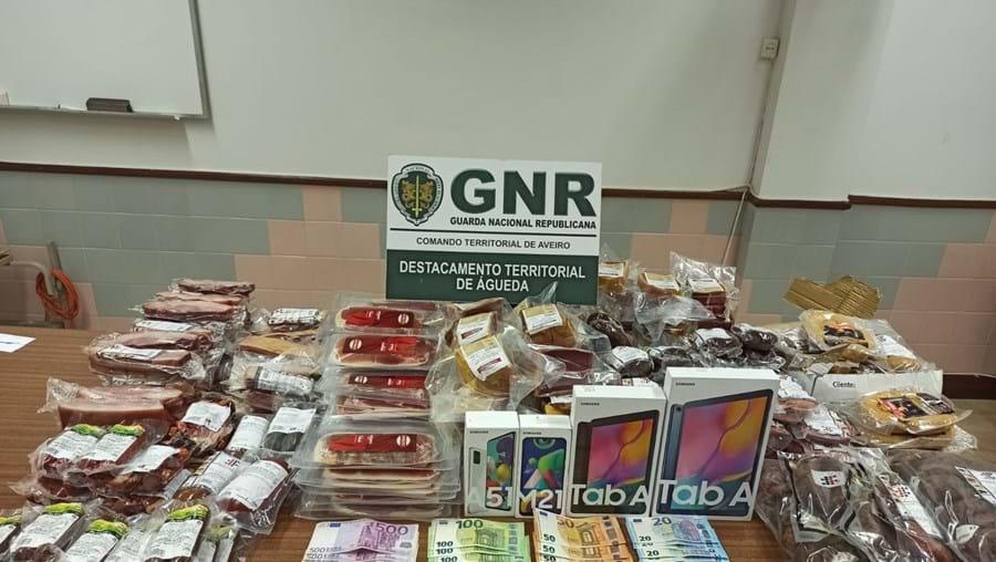 Produtos apreendidos pela GNR