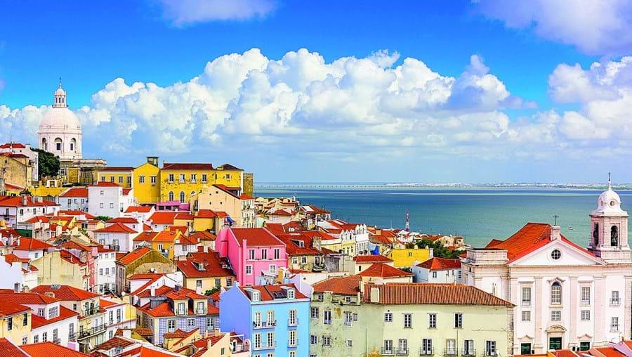 Preço médio das casas em Portugal subiu no último mês de maio para um valor recorde de 1114 euros por metro quadrado, segundo informação do INE