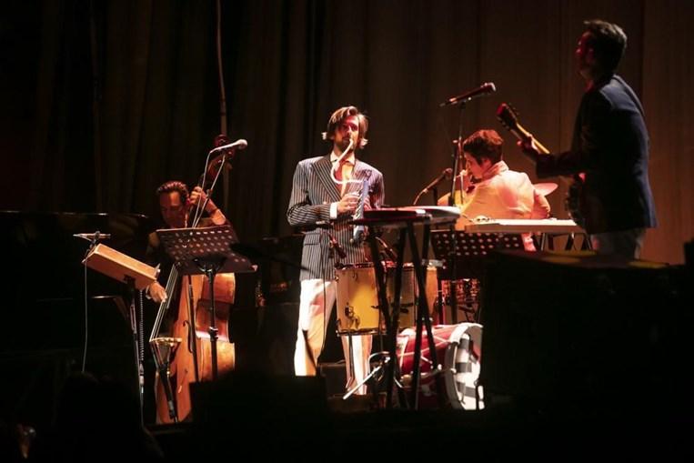 Assim foi o regresso aos palcos com Bruno Nogueira e Manuela Azevedo a encherem o Campo Pequeno