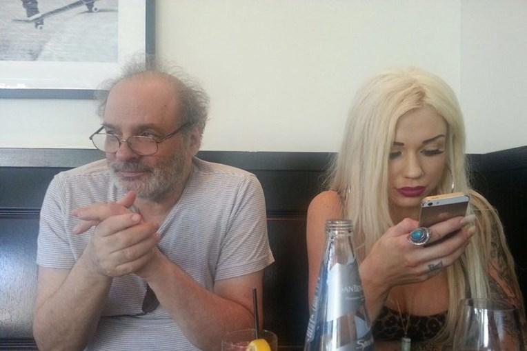 Sapphire com o ex-marido