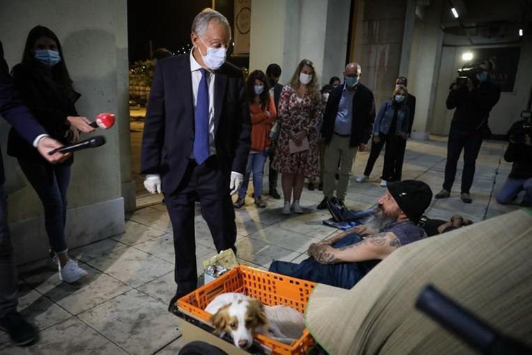 Marcelo Rebelo de Sousa considera improvável acabar com sem-abrigo até 2023