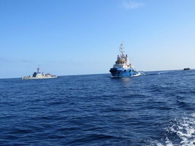 Marinha portuguesa protege navio português contra pirataria durante operação no Golfo da Guiné.