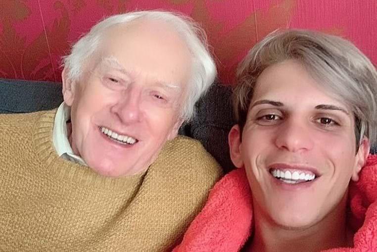 Philip Clements, de 81 anos, e Florin Marin, de 27