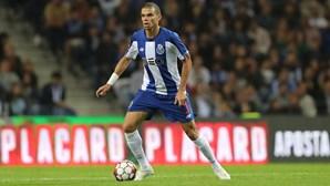"""Pepe fez teste """"inconclusivo"""" para a Covid-19 e falhou jogo com o Paços de Ferreira"""