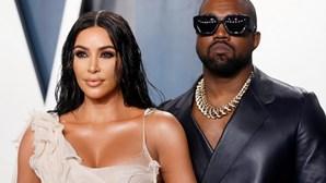 Kim Kardashian dá entrada com processo de divórcio