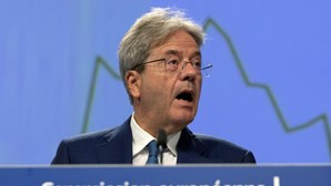 Comissário europeu da Economia atribui cenário mais pessimista para Portugal à queda no turismo