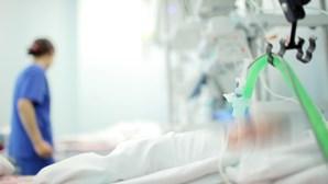 Funcionária despe e viola doente com paralisia cerebral em instituição