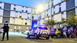Homem que matou mulher à facada em Olhão entrega-se às autoridades