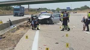 Morreram os dois militares da GNR abalroados por carro na A1