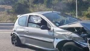 Acidente condiciona circulação na A5 em Oeiras no sentido Lisboa - Cascais