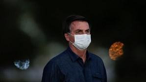 Políticos e artistas exigem explicações após ameaça de Jair Bolsonaro a jornalista