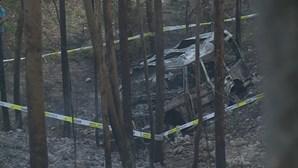 Corpo de homem carbonizado encontrado em viatura todo-o-terreno a arder em Leiria
