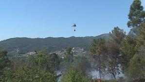 Fogo em Vale de Cambra dado como dominado. Mais de 160 bombeiros no local