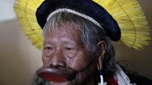 Líder indígena internado com uma hemorragia digestiva e problemas renais