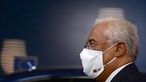 António Costa pede aos portugueses que utilizem máscaras nacionais reutilizáveis