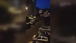 Condutor tenta atropelar várias pessoas em urbanização de Braga