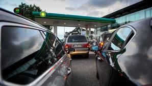 Maior queda do mês no preço dos combustíveis